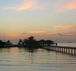马尔代夫天堂岛黄昏夕阳