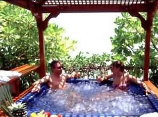 马尔代夫天堂岛露天温泉