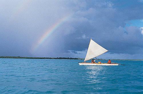 马尔代夫天堂岛水上项目划船