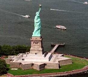 自由女神雕像